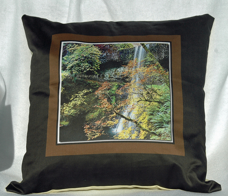 R56inch_fabric_pillow_14x14_yard_comment_212238_preview