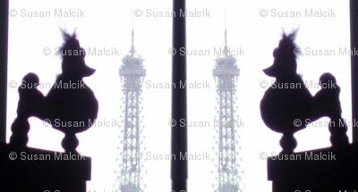 Lil' Pinki does Paris