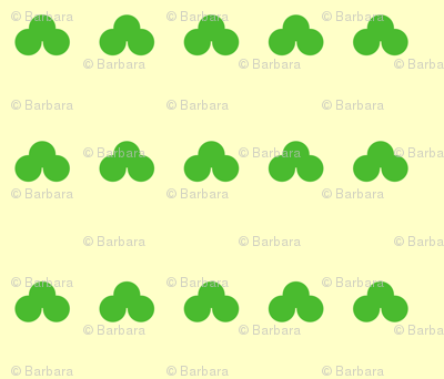 Clover_All_Over_-_leeaves_of_three