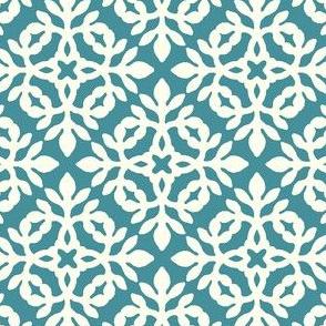 MARINE-BLUE_&_cream_mini-papercut