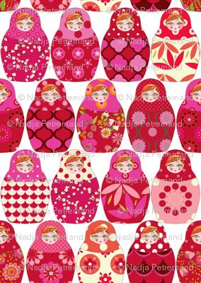 poupée_russe_Vick_rouge_rose