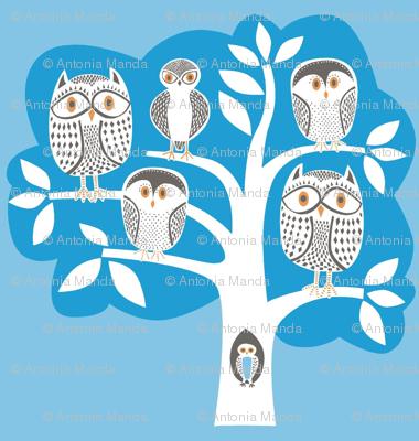 blue_owl_tree