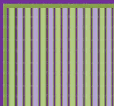 Pretty_in_Green_Stripes3
