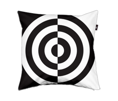 Rrrrbullseye.ai_comment_69167_preview