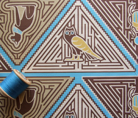 Egyptian pyramid maze blue