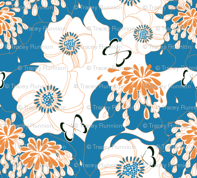 "PAPILLON in ""BLUEBELL & TANGERINE"""