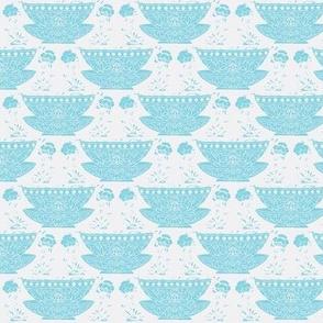 Bowl white-turquoise