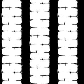 Scribble Goth - Cross Stripe 3 in white
