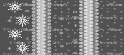 snowflakes_on_grey5