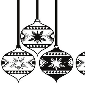 Christmas baubles x 3 Black & White teardrop