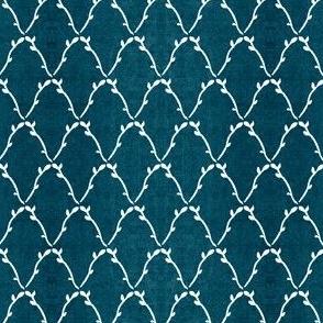 leafy-diamond-lattice-DKMARINEBL