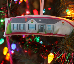 Memories of Home ornament (1990s Ranch)