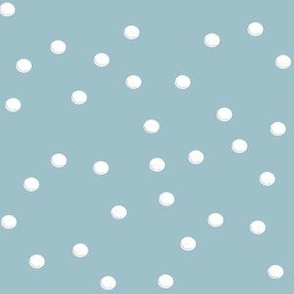 Snowballs_on_gray_blue_