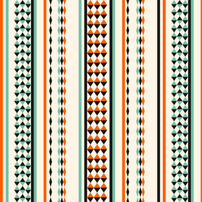 Castel Raven stripes three