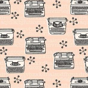 Typewriter // vintage blush and cream vintage homewares