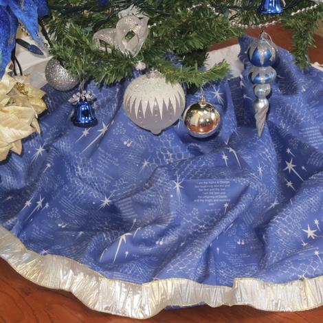 Christmas_Stars_tree_skirt_2 fabric by petals_fair_(peggy_brown) on Spoonflower - custom fabric