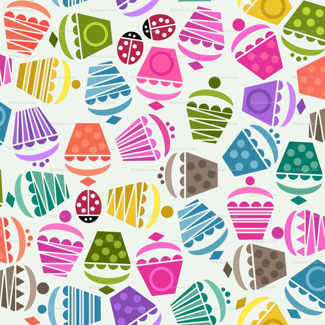 Cupcakes And Ladybugs Small Wallpaper