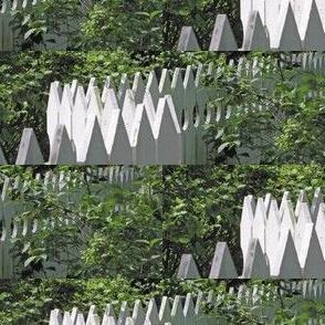 White Picket Fence Zigzag, S