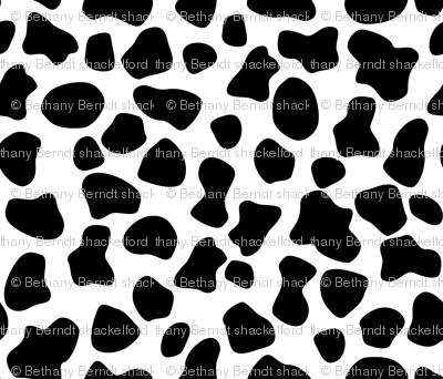 Mooo Cycle - Hogs & Kisses Cow Spots