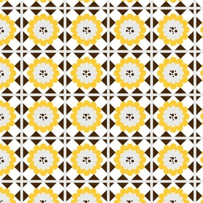 yellow_and_brown_flower_grid