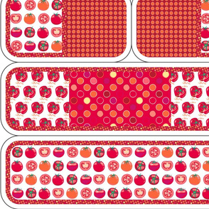 Play kitchen accessories - tomato polka