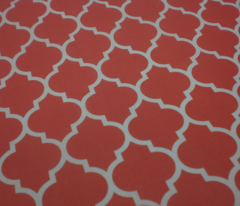 moroccan quatrefoil lattice in coral