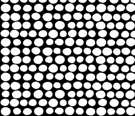 Jumbo Peas (black & white) fabric by pattyryboltdesigns on Spoonflower - custom fabric