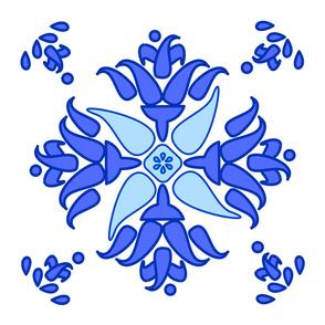 Multani Floral 1 blue bloom centered