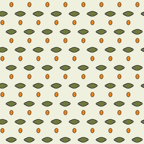 Pyracantha_Dot_on_cream