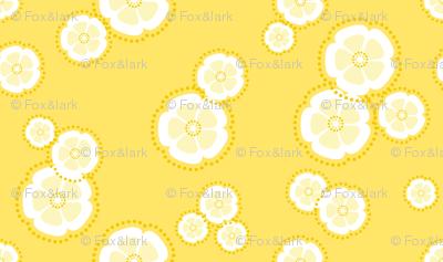 kanzashi blossoms - perfect yellow