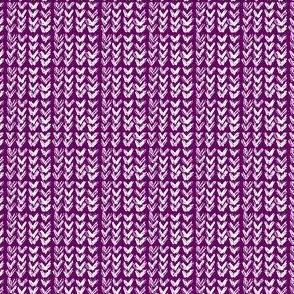 Hand Knit - 17 Aubergine Reverse