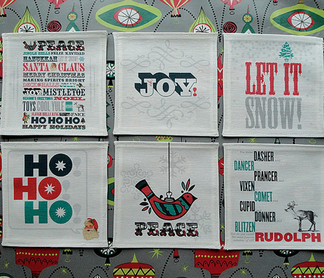 Holiday Cocktail Napkins || christmas cut and sew diy bar party linens home decor typography festive