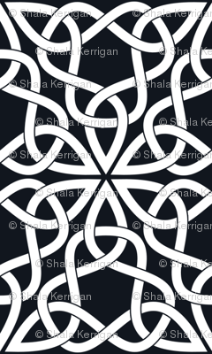 Triangle Knot Black and White
