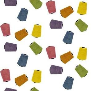 Yarn Cones - white (medium)