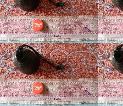 La vie est belle fabric by lolainfrance on Spoonflower - custom fabric
