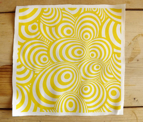 Swirl_yellow_comment_280382_preview