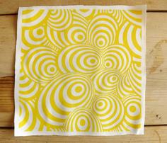 Swirl_yellow_comment_280382_thumb