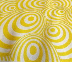 Swirl_yellow_comment_280383_thumb