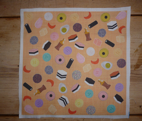 Rsweets_scatter_orange_linen_comment_259624_preview