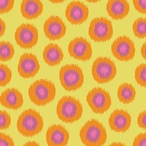 Candy_is_Dandy-Ikat-Yellow1