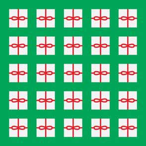 Green Present Pattern