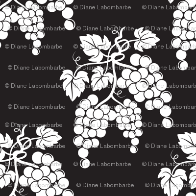 Damask Style Black & White Grapes