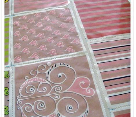 Heart Motif stripes pink