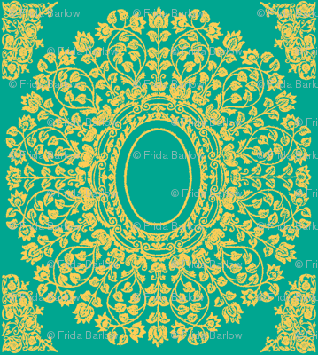 Lace Floral Medallion in Emerald and Gold