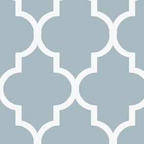 Cashmere Blue and White Quatrefoil