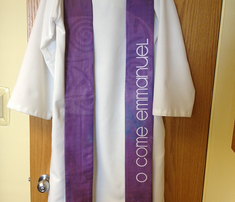 Purple_and_white_stoles_comment_252199_thumb