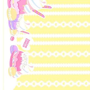 Birthday Macaron: Yellow