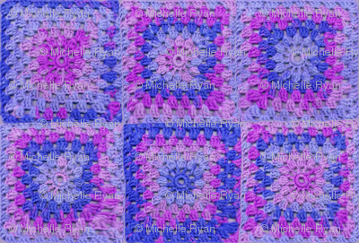 Circle in a Square small Blues and Purples
