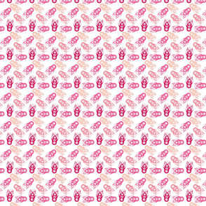 poupée_russe_twist_rose_fond_blanc_S