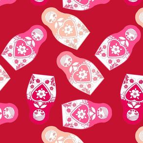poupée_russe_twist_rose_fond_rouge_L